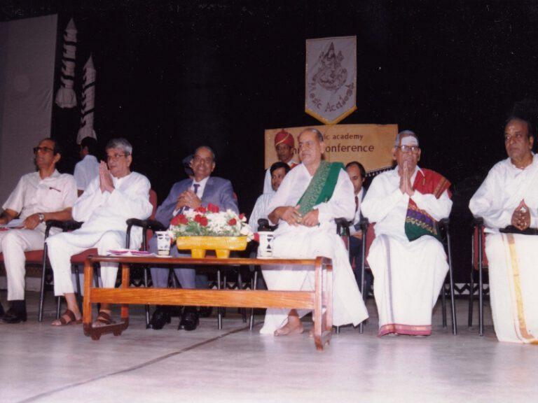 Dr.SCM-sangeetakalanidhi award music academy chennai-1