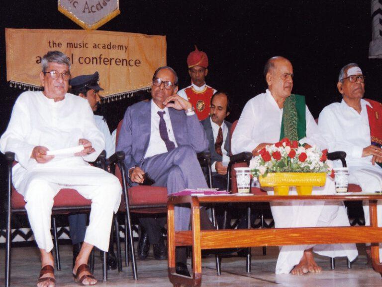 Dr.SCM-sangeetakalanidhi award music academy chennai-3