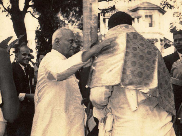 Dr.SCM with President V.V. Giri 2